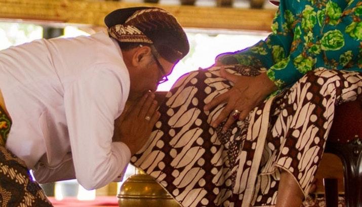 Psst, Motif Batik Ini Hanya Boleh Digunakan Keluarga Raja
